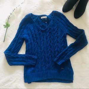 $5 W/ BUNDLE Abercrombie & Fitch Cobalt Sweater